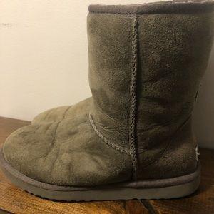Ugg short classic boot